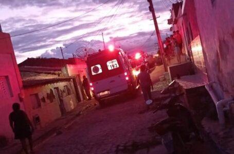 Dois homens ficam feridos após briga com faca em Itaporanga neste domingo