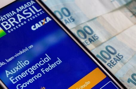 Presidente Jair Bolsonaro Prorroga Auxílio Emergencial por mais três meses