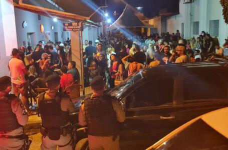 Polícia Militar encerra evento e festa por descumprimento de decreto estadual no sertão paraibano
